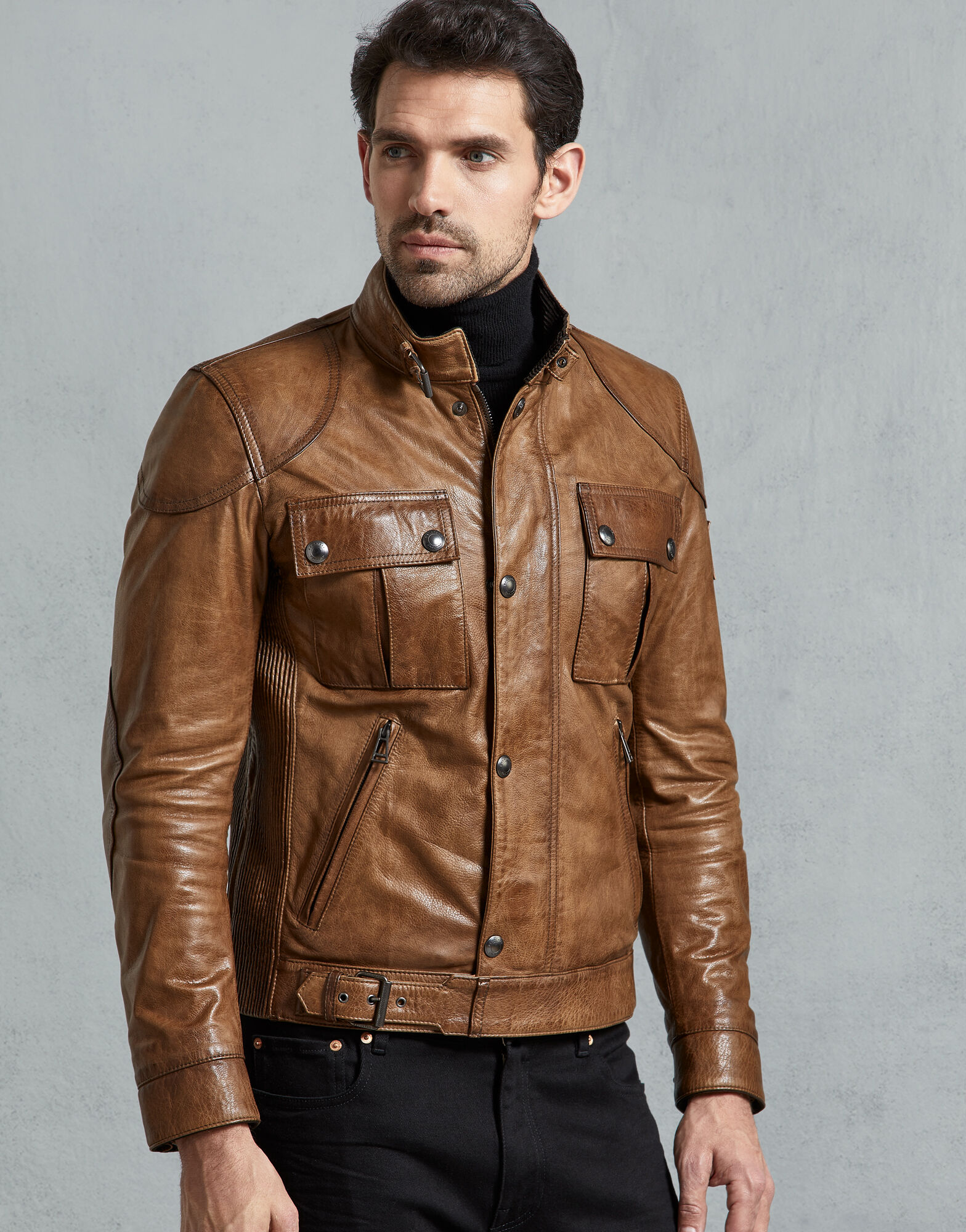 It's just a photo of Hilaire Belstaff Roadmaster Gold Label